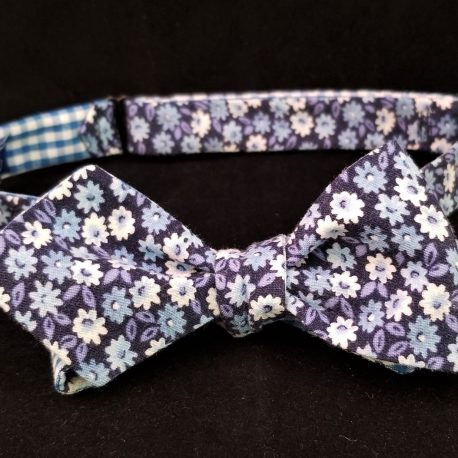 floral check dp tied